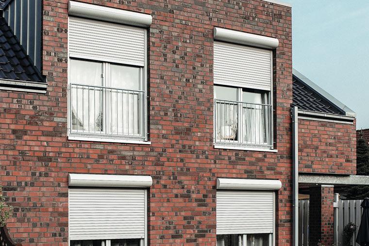 Rollladen für Fenster